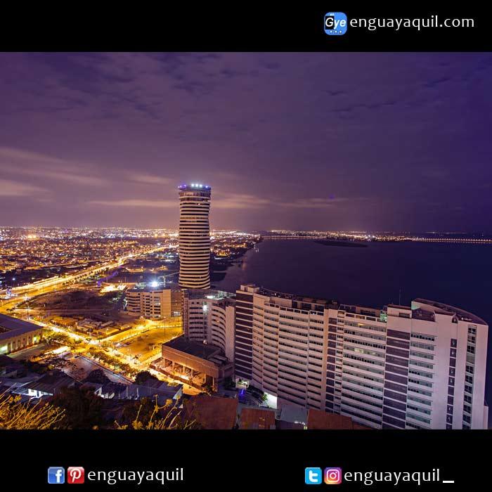 Guayaquil de noche